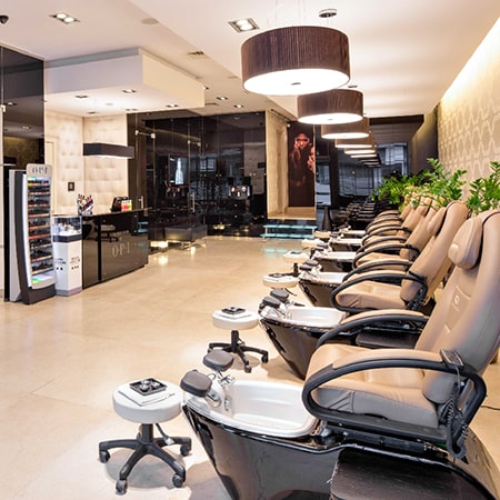 Pedicure-spa-salon-1